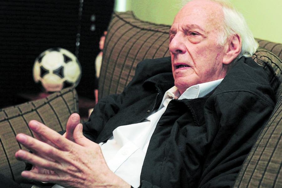 Regresa un histórico campeón del mundo a la selección argentina: Menotti