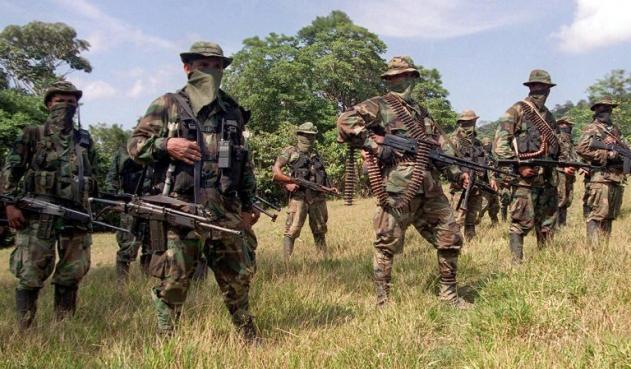 (Video) Indígenas colombianos piden al Estado detener a los paramilitares