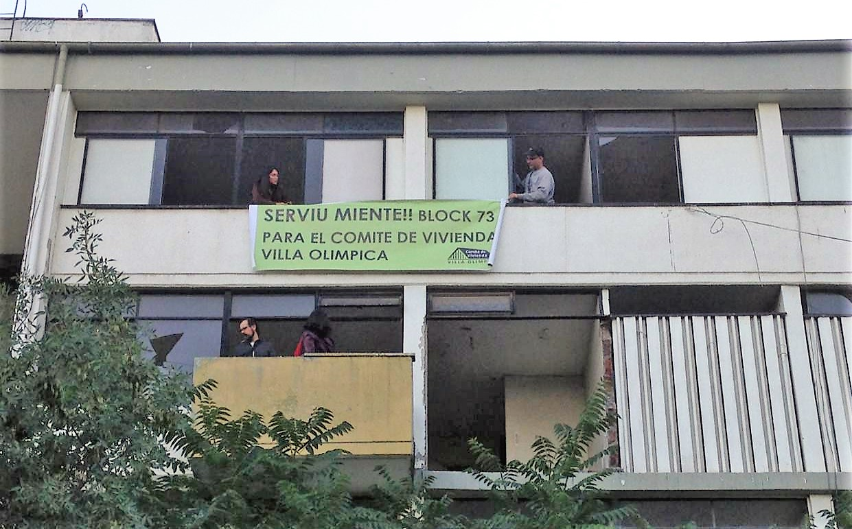 Ocupación de block en Villa Olímpica cumple 15 días: Familias realizan corte de tránsito