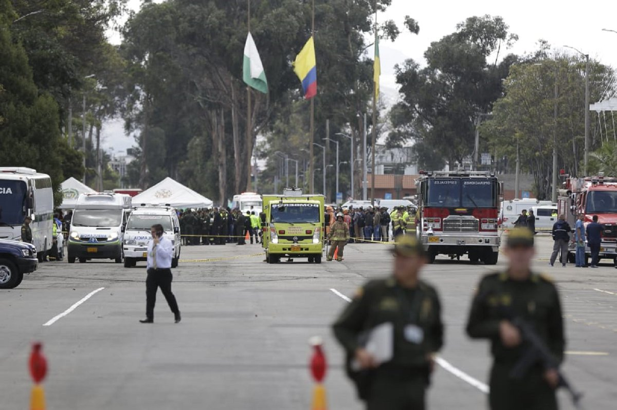 Decretan tres días de duelo en Colombia tras el atentado en la escuela de policías