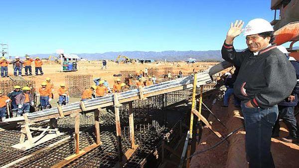 Su crecimiento económico posiciona a Bolivia como el ejemplo de la región
