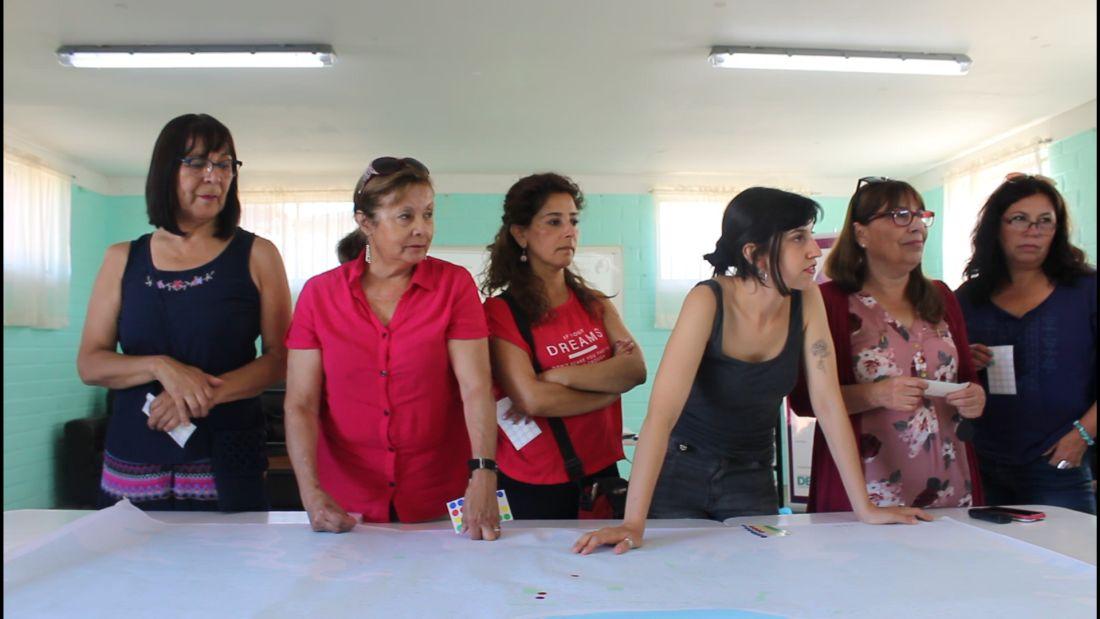 """Proyecto feminista """"Con Lentes de Mujer"""" cierra su primer ciclo en Valparaíso"""
