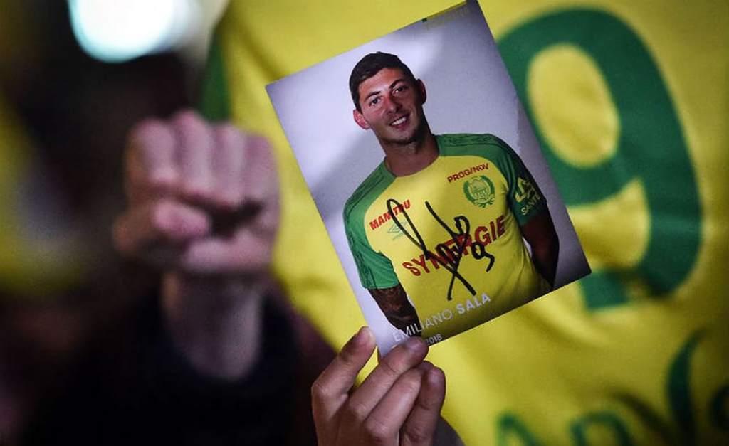 Se reanuda la búsqueda de la avioneta en la que viajaba el futbolista argentino Emiliano Sala