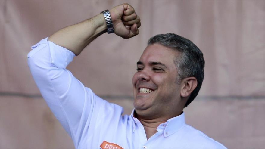 Duque propone crear un organismo regional para acorralar a Venezuela