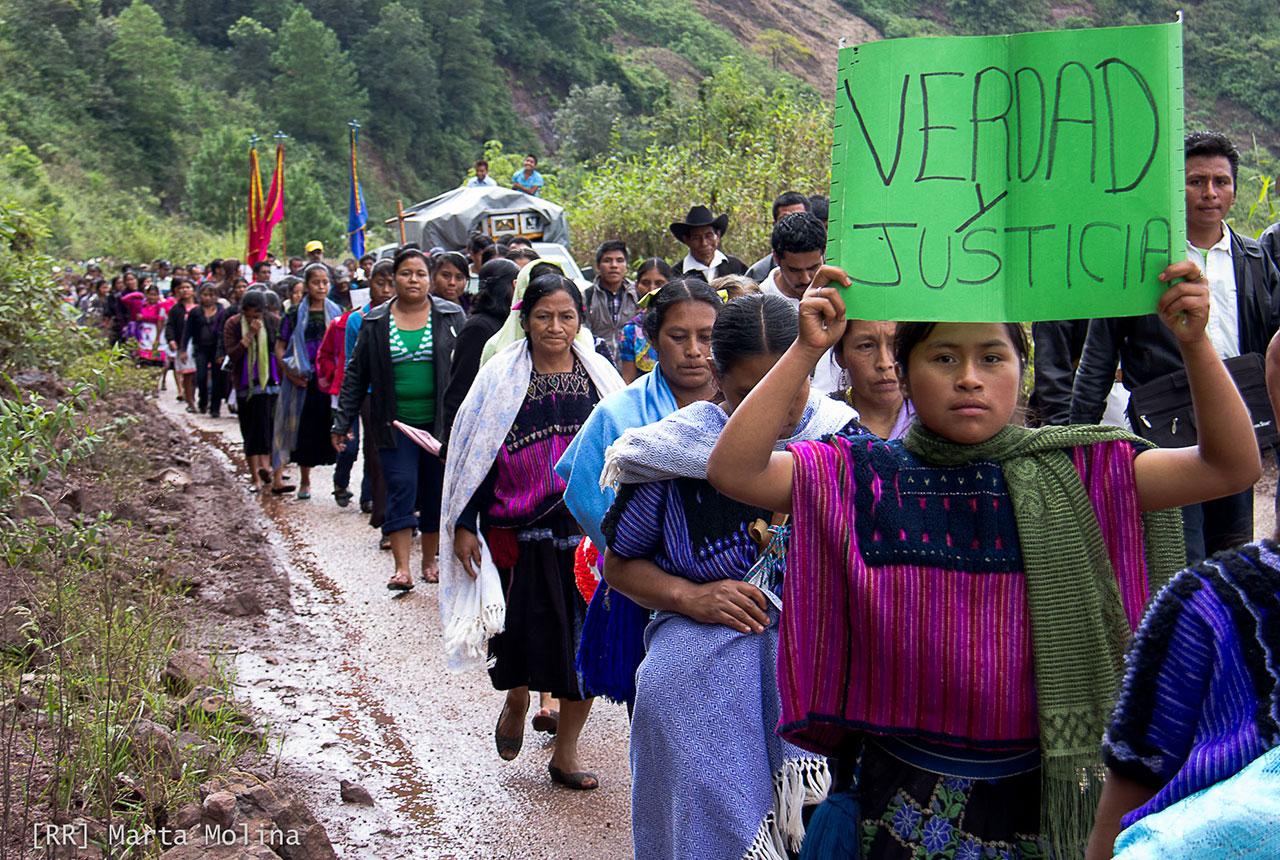 CNDH llama a proteger a indígenas desplazados por violencia en Chiapas