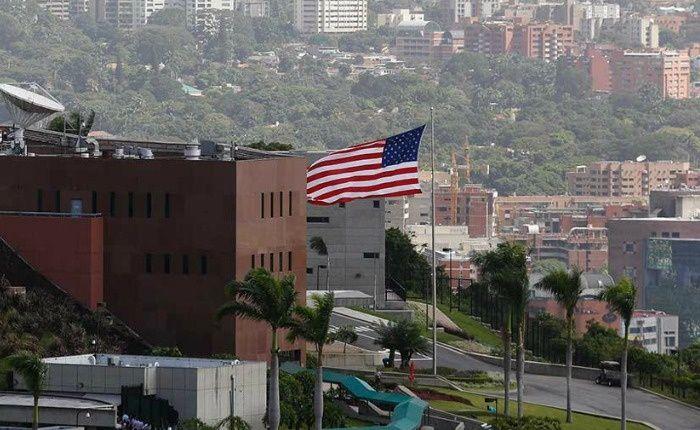 """EE. UU. ordena el retiro del personal diplomático """"no esencial"""" en Venezuela"""