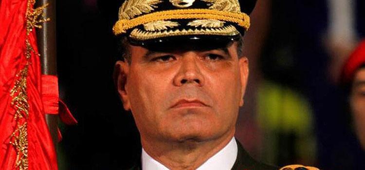 Ministro de defensa: «Grupo reducido de militares tomaron por asalto puesto de comando y robaron armas de guerra»