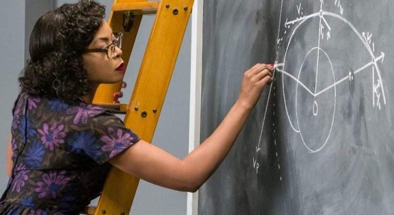 """Las mujeres se sienten """"infravaloradas"""" en la medicina y la ciencia"""
