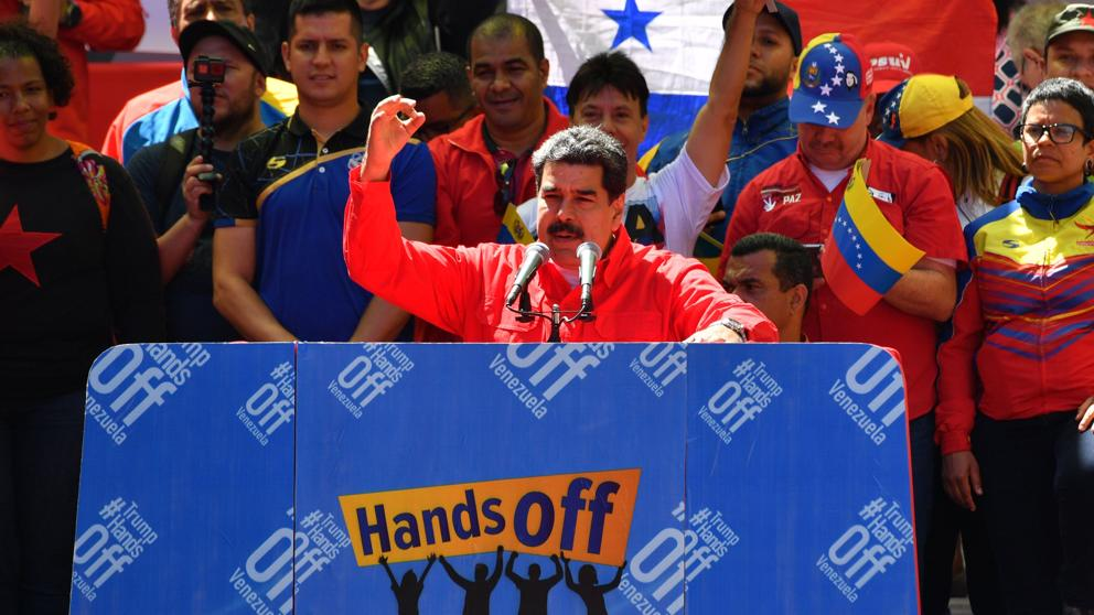 Venezuela rompe relaciones políticas y diplomáticas con Colombia