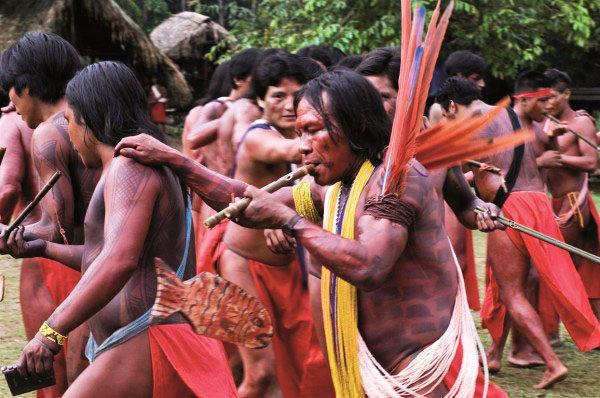 Avance del neoliberalismo en Latinoamérica amenaza existencia de los indígenas