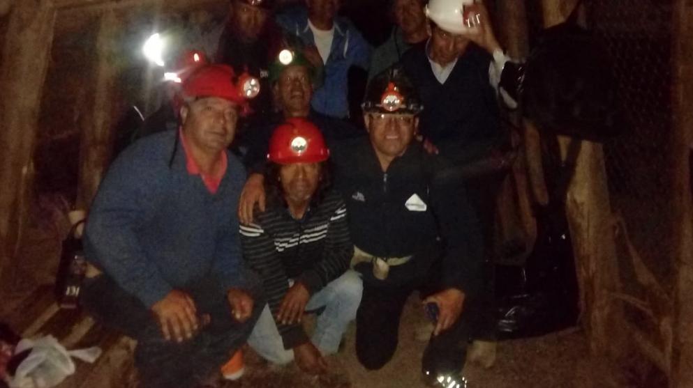 Trabajadores del circuito turístico de Lota se toman mina Chiflón del Diablo por huelga