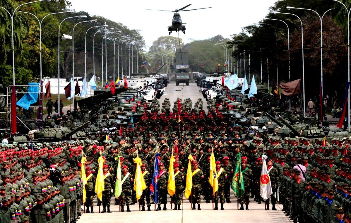 ¿Con qué medios cuenta Venezuela para responder a una intervención militar de EE.UU.?