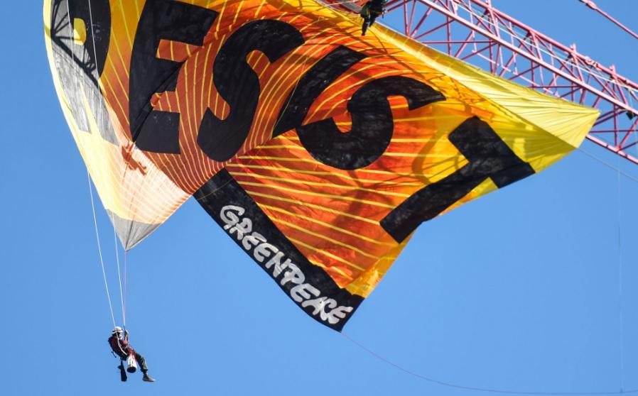 Rechazan millonaria demanda para «intimidar» a Greenpeace en combate a gasoductos