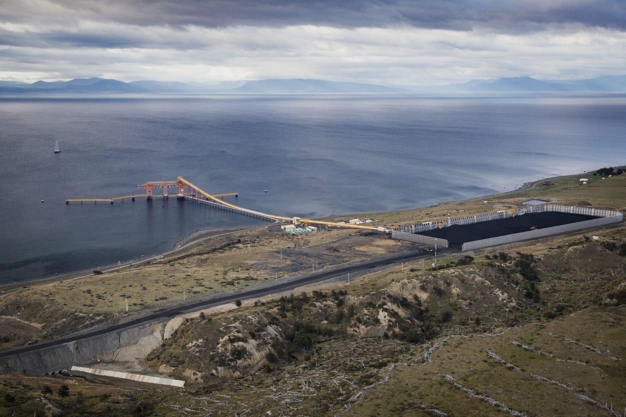 """Greenpeace ante primeras tronaduras en Mina Invierno: """"Es un dinamitazo a las promesas medioambientales del Gobierno"""""""