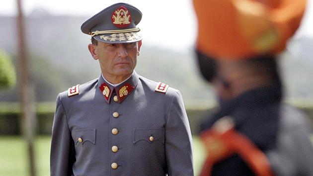 Procesan y detienen a Juan Emilio Cheyre por torturas a presos políticos durante la dictadura