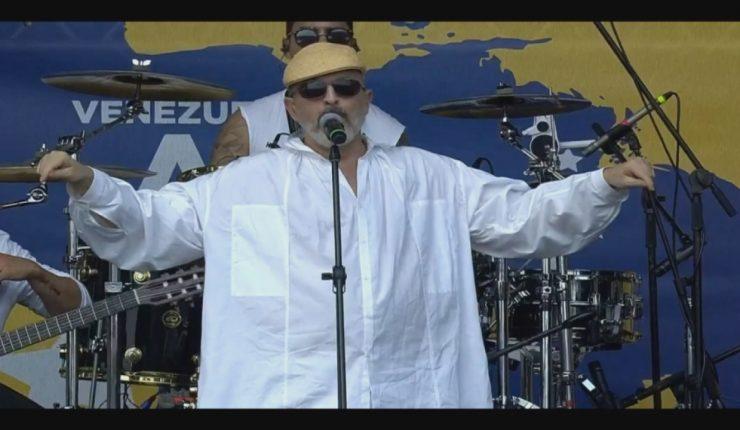Califican de machista a Miguel Bosé por críticas a Bachelet y le recuerdan su paso por Viña durante la dictadura