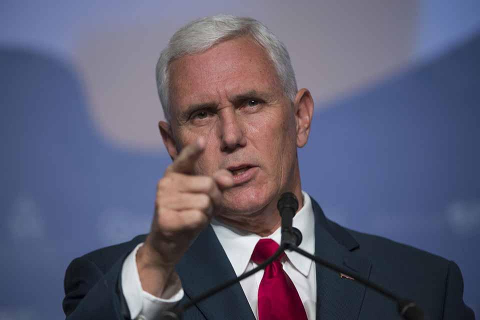 Mike Pence define ruta del Grupo de Lima y da instrucciones para asfixiar a Venezuela