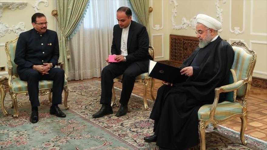 Presidente de Irán reafirmó su apoyo al gobierno legítimo de Nicolás Maduro