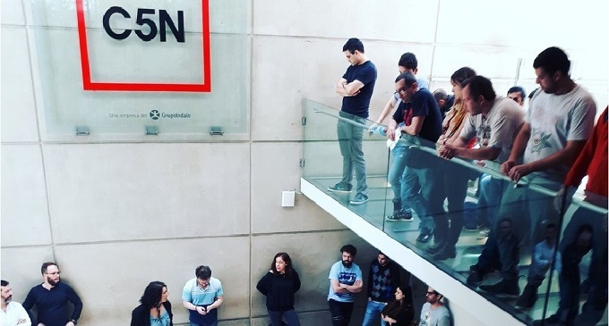 Macri congela cuenta para pagar sueldos de trabajadores del canal C5N