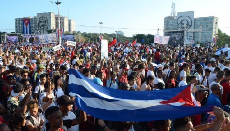 Cubanos en el exterior  participan en referéndum constitucional