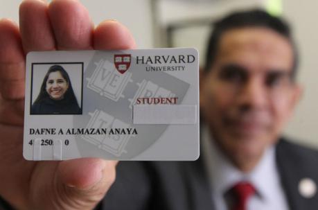 Una mexicana es la primera menor en 100 años que cursará un posgrado en Harvard