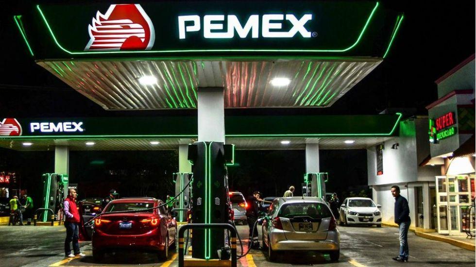 López Obrador impulsará plan de recuperación de Pemex
