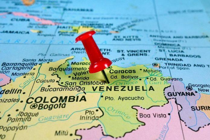 EE.UU. amenaza y Venezuela expande su mercado petrolero hacia Asia