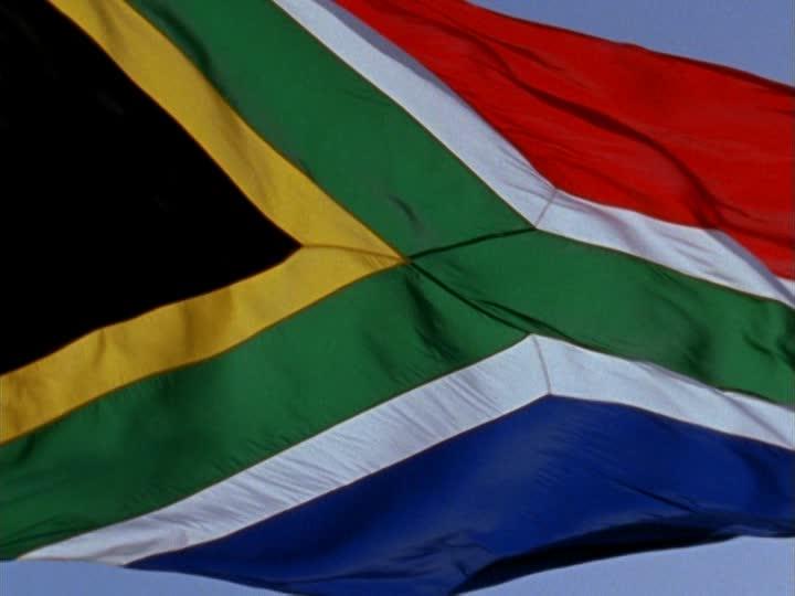 Sudáfrica rechaza injerencia de potencias en sus asuntos internos