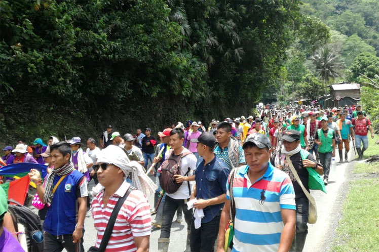 (Video) Indígenas colombianos mantendrán bloqueos ante el olvido de Duque