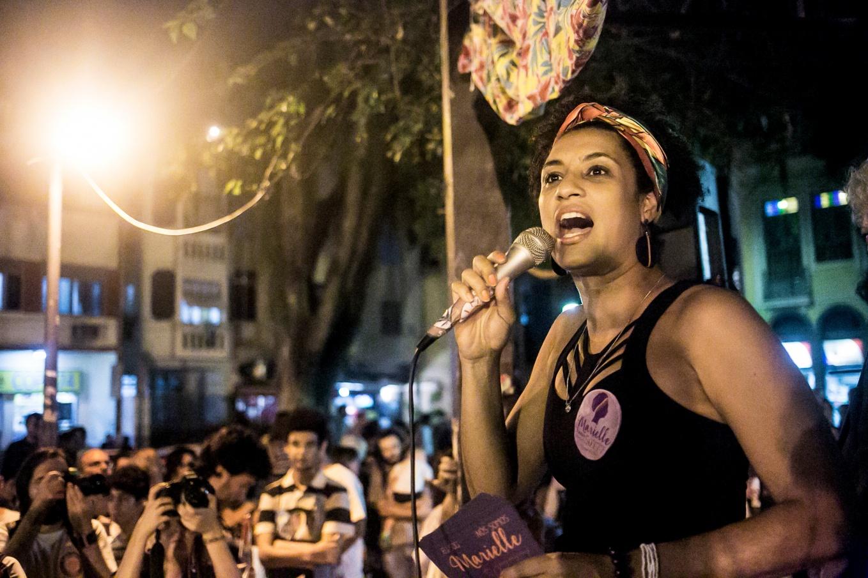 Un testigo señala a Bolsonaro con sospechoso de matar a la concejala Marielle Franco