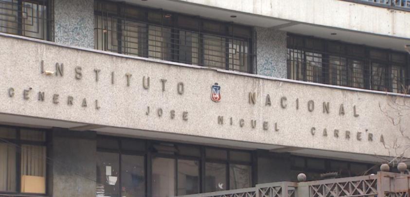 A fines de marzo Instituto Nacional decidirá si se convierte en mixto
