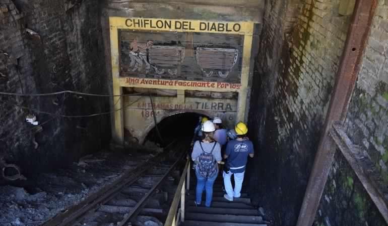 Lota: Trabajadores del Chiflón del Diablo cumplieron 5 días en huelga de hambre por mejores sueldos