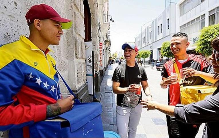 Alcalde peruano quiere dejar a su ciudad libre de venezolanos