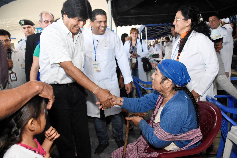 Evo Morales ofrece chequeo médico anual, gratuito y obligatorio