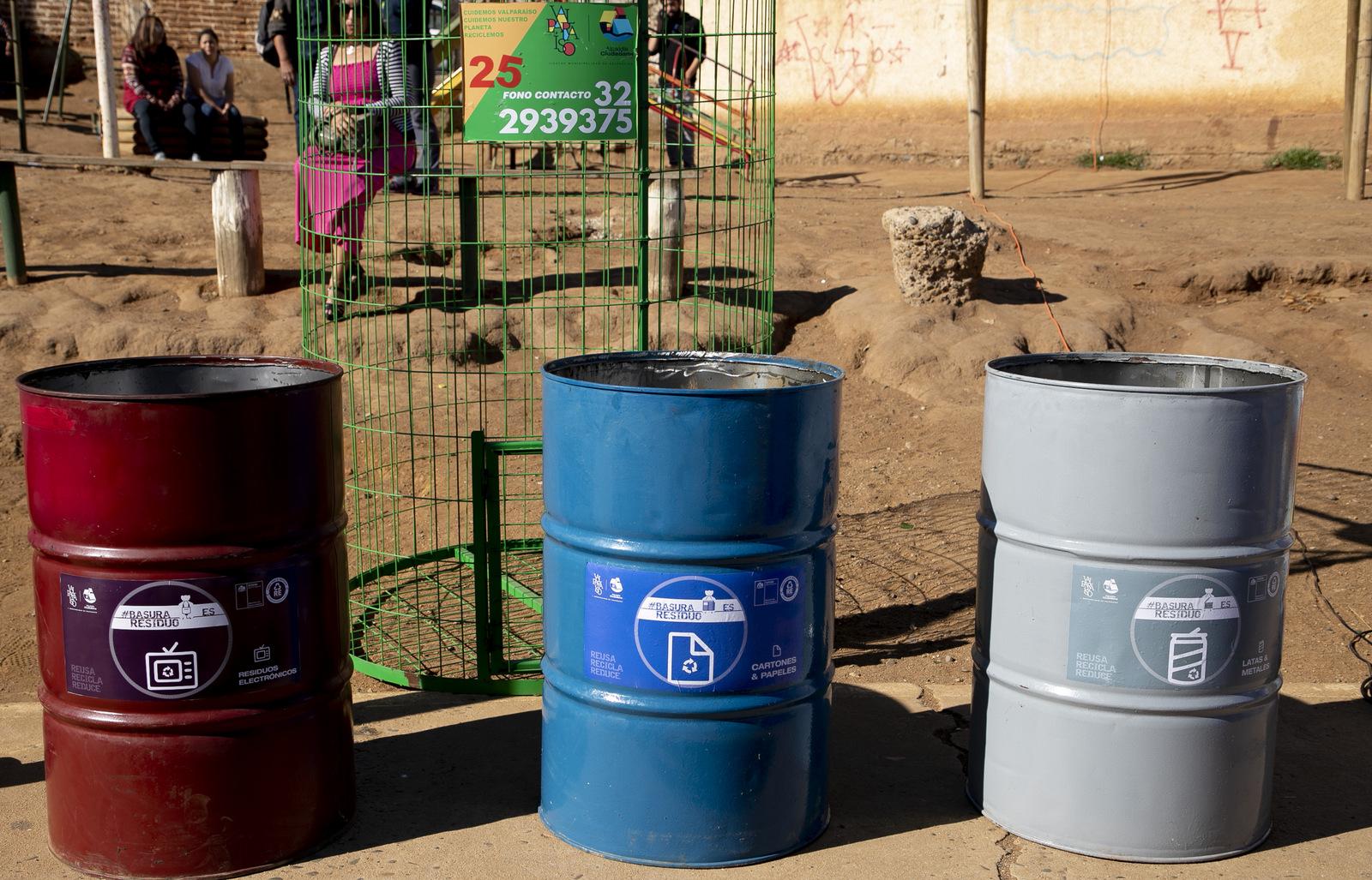 Valparaíso: Más de 20 puntos verdes de reciclaje serán instalados en los cerros