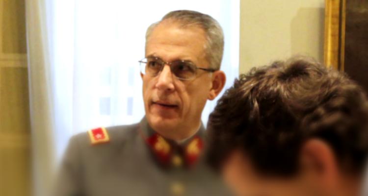 Jueza Rutherford procesa a ex tesorero del Ejército de la administración de Fuente-Alba