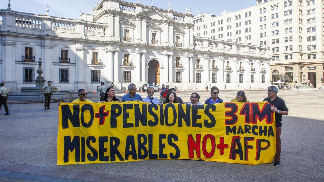 NO+AFP: Chile marcha por un nuevo sistema de pensiones, digno y solidario