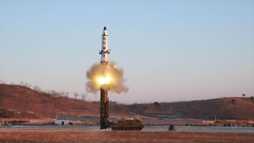Corea del Sur  vigila posible lanzamiento de misil norcoreano