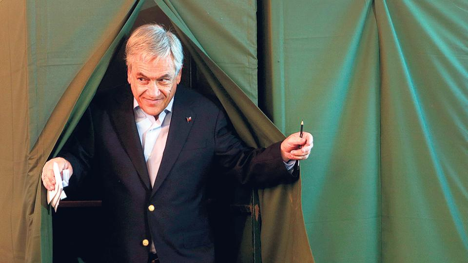 """Hugo Fazio: """"Piñera es parte del 0,01% más rico y gobierna en función de esos intereses"""""""