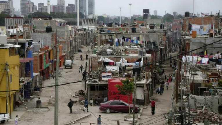 Pobreza extrema crece en Argentina tras la llegada de Macri al poder