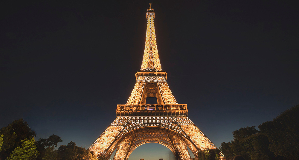 La Torre Eiffel apagará las luces para solidarizarse con Nueva Zelanda