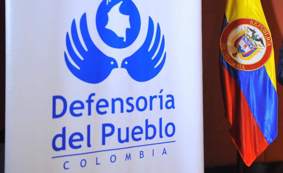 Atacan a misión humanitaria en medio de protesta indígena en Colombia