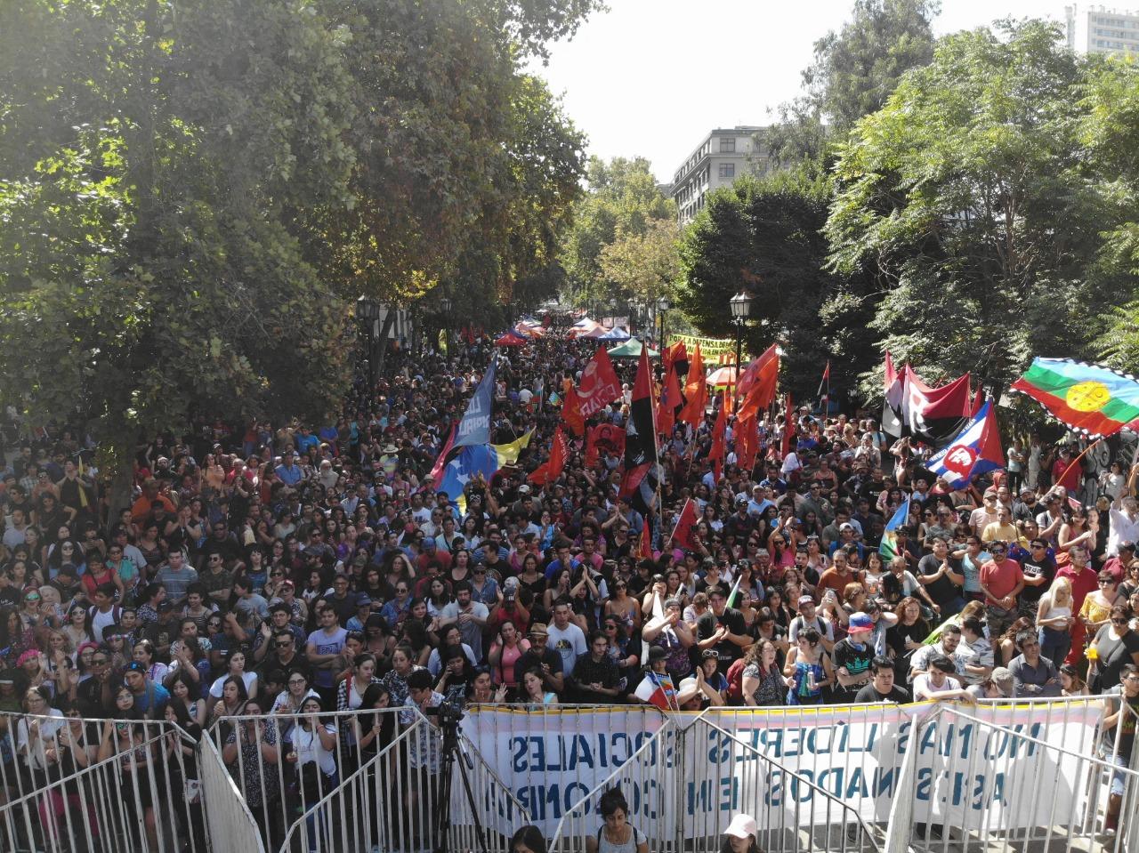 Artistas cantaron en Santiago en rechazo al intervencionismo de Prosur