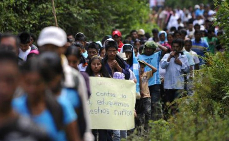 Miles de campesinos e indígenas desplazados de sus territorios en Colombia