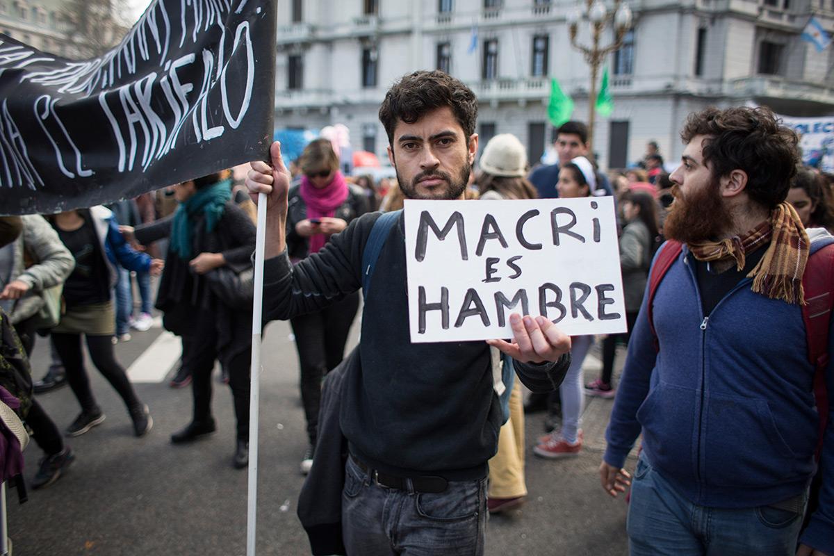 Duro pronóstico de Forbes: Argentina está a un paso del colapso económico