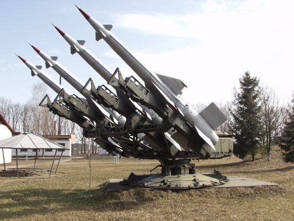 EE.UU. quiere comprar 10 mil misiles para usarlos contra China y Rusia