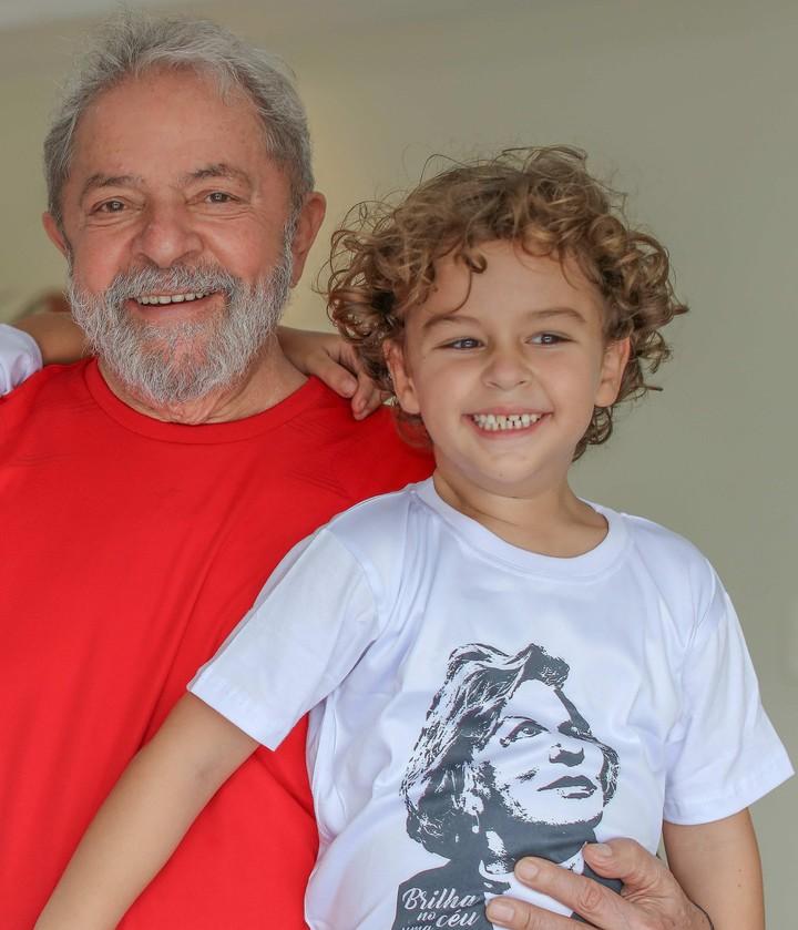 Lula demostrará su inocencia para honrar a su nieto fallecido