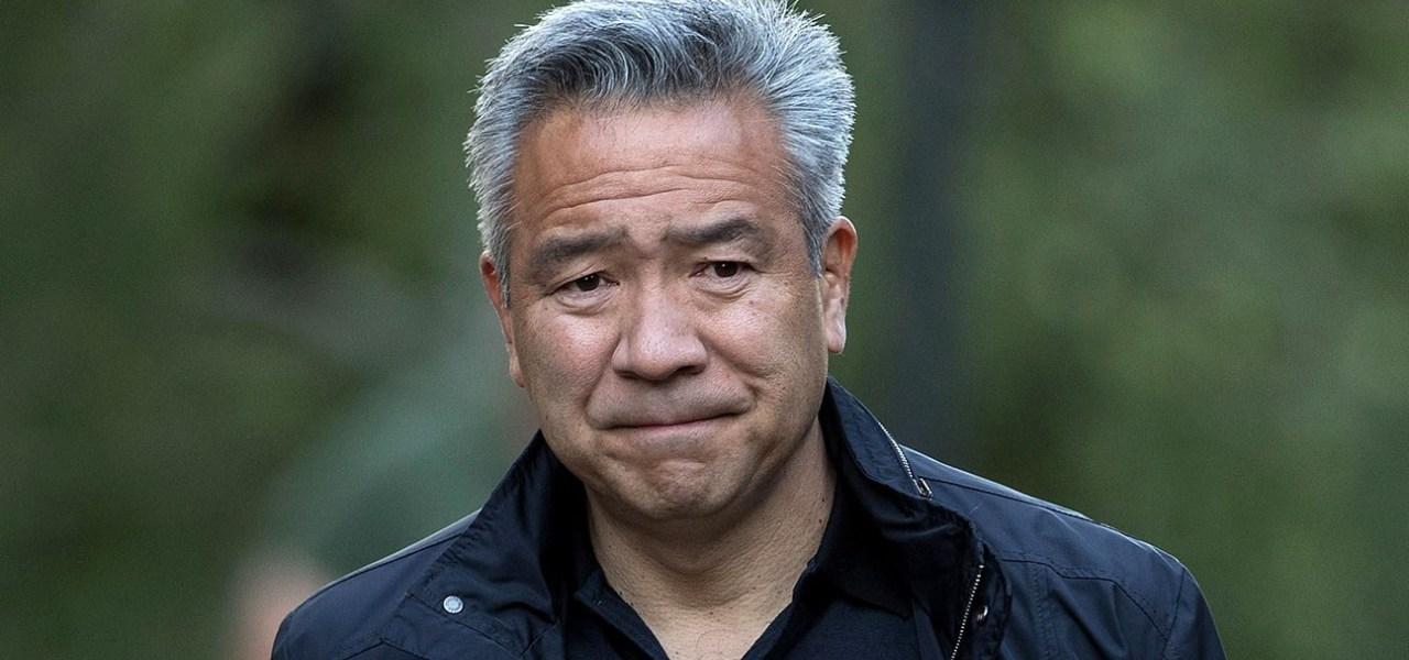 """""""Favores sexuales"""" le cuestan el cargo al presidente de Warner Bros"""