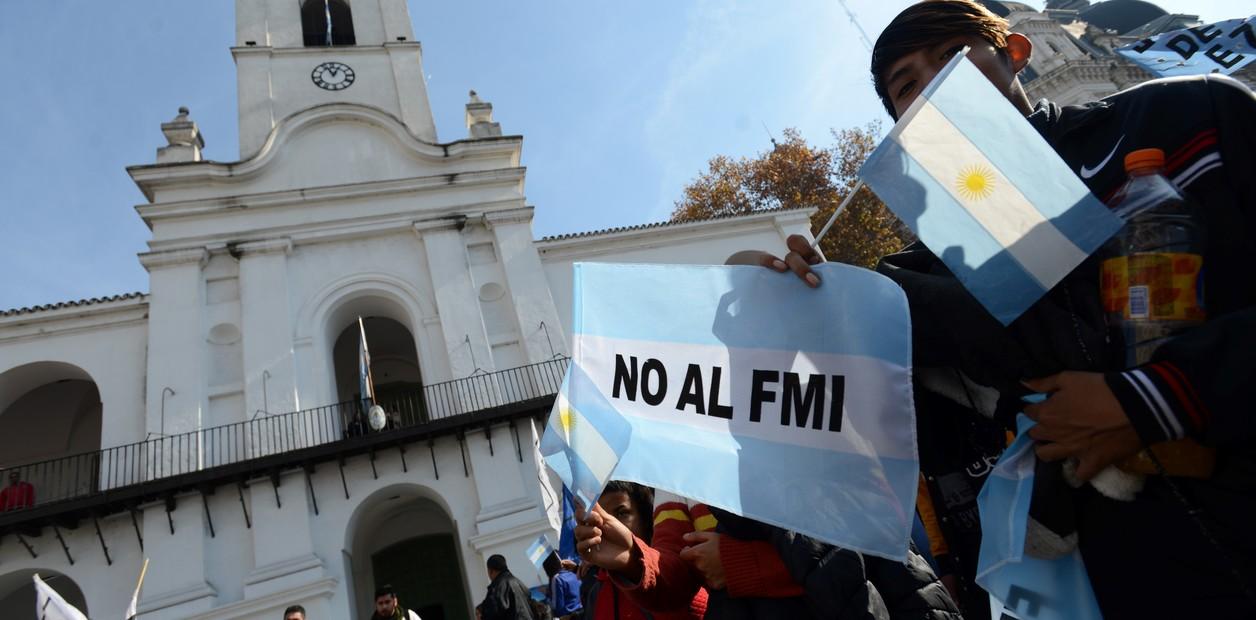 FMI enviará misión a Argentina en octubre para conocer planes económicos