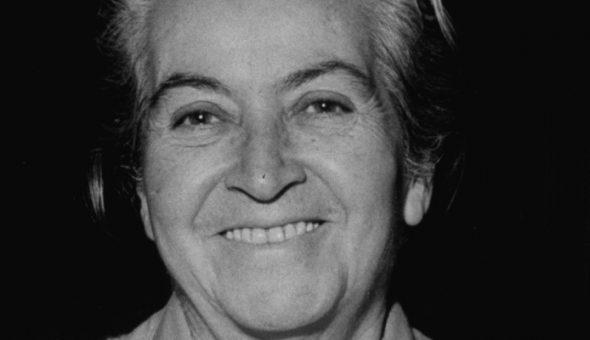 Gabriela Mistral íntima: A 130 años del nacimiento de la Premio Nobel de Literatura